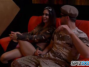 Jessica Jaymes and Nina Elle get off with army stud manhood
