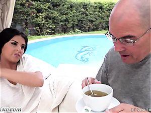 senior parent penetrates his ultra-cute new teenager stepdaughter Coco De Mal