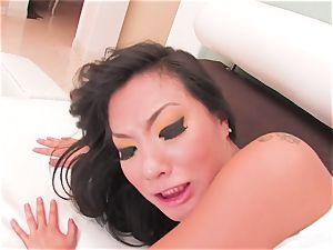 luxurious Asa Akira swallows his jism