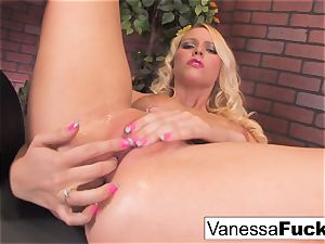 splendid Vanessa box Takes On The sybian