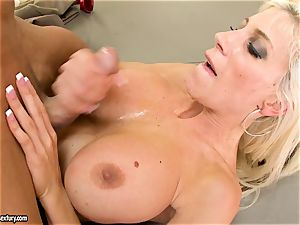 Alluring Puma Swede gets her cooter inserted with cock