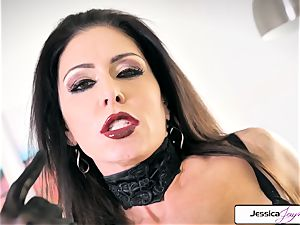 Jessica Jaymes demonstrate her big hooters and tiny raw poon