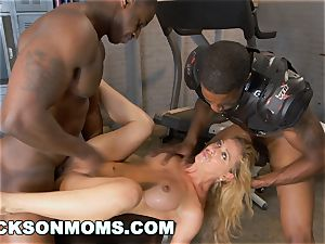 Cherie Deville castings to be the crew hoe (xa15243)