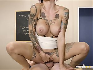 Oh my God! huge-boobed tutor Anna Bell Peaks entices me during lesson