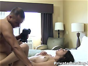 individual Casting-X - munching boink and loud orgasm