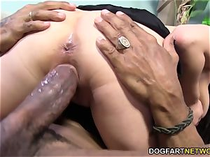 Mia Rider takes bbc in her backside - cheating Sessions