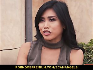 SCAM ANGELS - Melissa Moore and red-hot mates in foursome