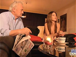 grandpa is screwed by nice chick in News vs Romantic