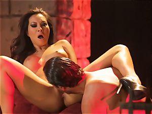 Asa Akira gets her hot lips lush a fat lengthy man-meat