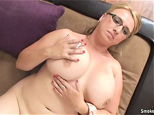 super-fucking-hot cougar Lucy Rose smoking