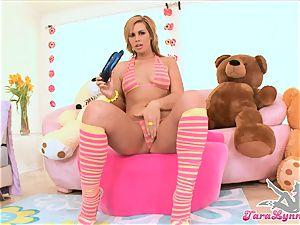 Tara Lynn super-hot brown-haired throating a double fake penis