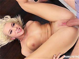 blondie hottie Tiffany Watson romped rigid