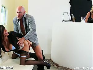 Charisma Cappelli, Romi Rain - firm orgy cougar threeway