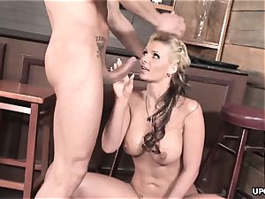 Phoenix doing it all to satisfy her guy with her fuckbox