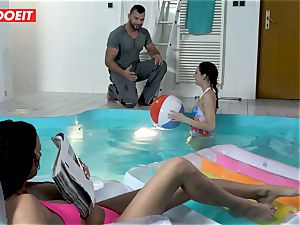 LETSDOEIT - sonny romps StepMom And sista At The Pool