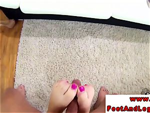 Carla Mai foot super-bitch gets her soles penetrated
