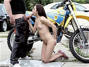 slim Czech sweetie gets humped near the garage